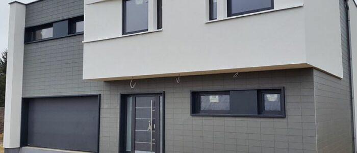Fassade weiß grau