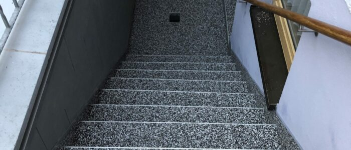 Steinteppich fugenlos Kellerabgang